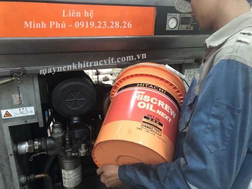 Tiêu chuẩn (B) trong bảo dưỡng máy nén khí Hitachi