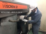 Thay lọc gió - Bảo dưỡng máy nén khí Hitachi