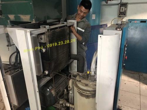 Xử lý sự cố két giải nhiệt dầu máy nén khí